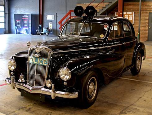 1951 Wolseley police car